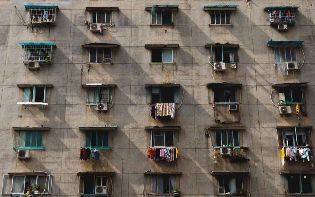 Akiknek az otthonmaradás csak egy újabb krízis