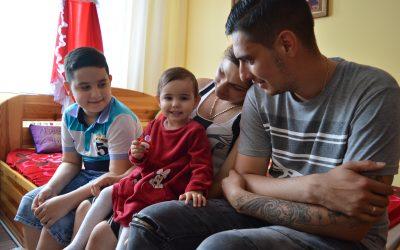 Váratlan akadályokon át vezetett Rolandék útja egy biztosabb lakhatáshoz